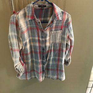 Super soft and light plaid shirt